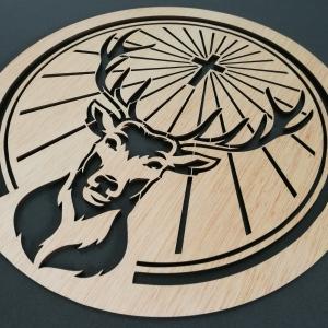 Logo Jägermeister troquelado en Madera Contrachapada