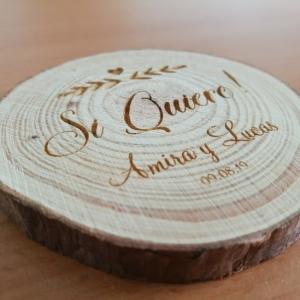 Souvenir de Boda Grabado sobre tronco de madera